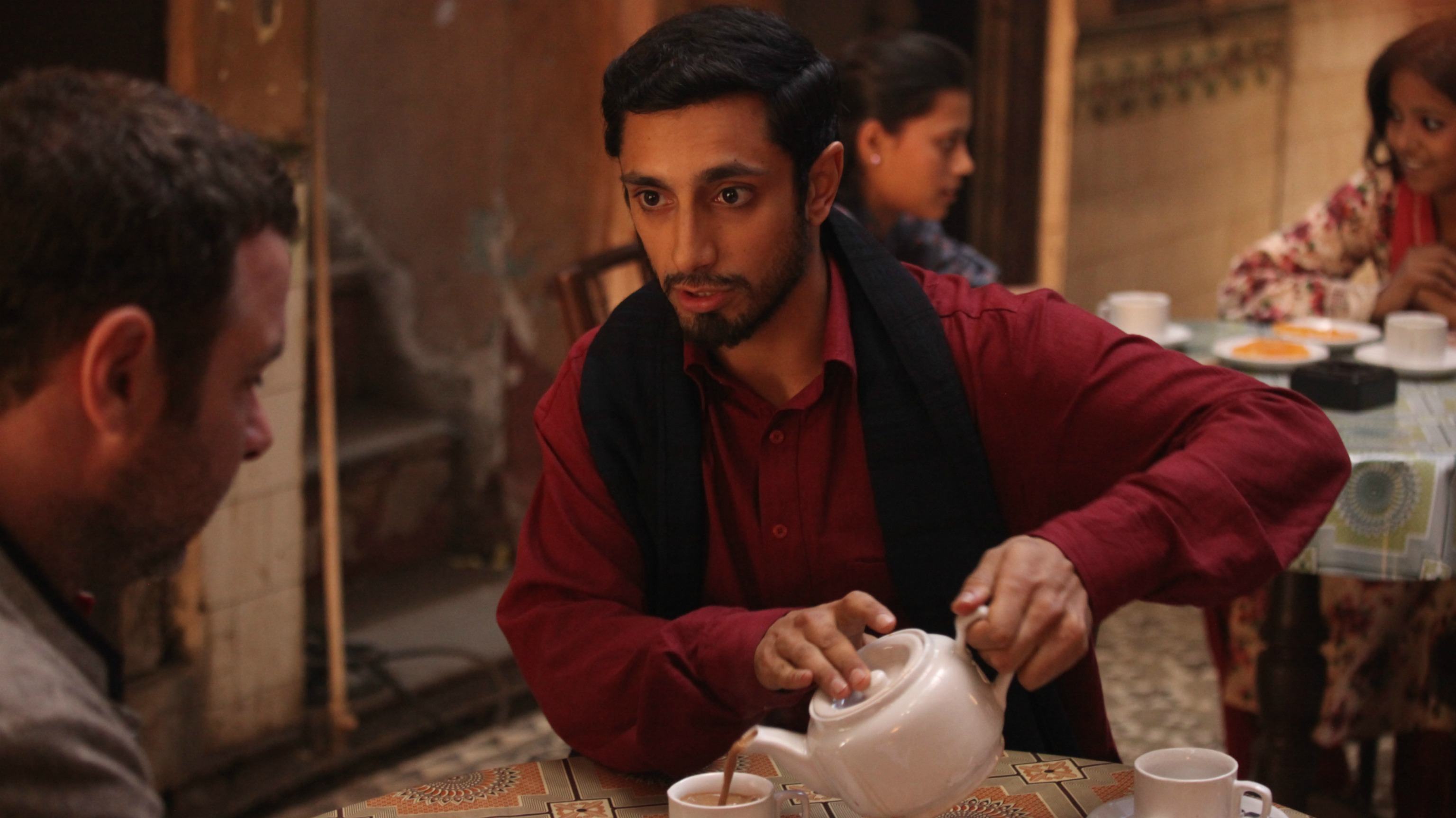 reluctant fundsamentalist review The reluctant fundamentalist tells the story of a young new yorker whose life is upturned by 9/11 in ways he the reluctant fundamentalist is rich with such small but resonant moments, and it.